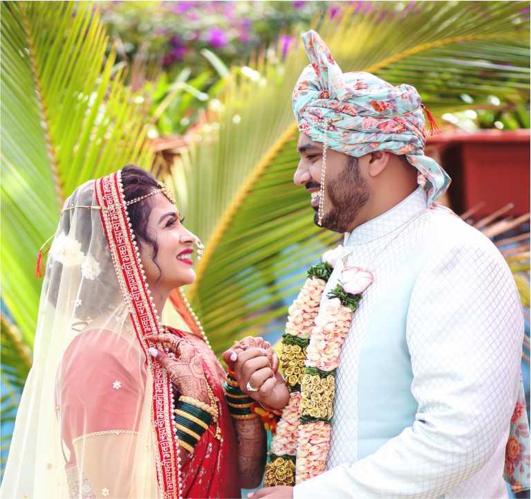 Actress Ruchita Jadhav Ties The Knot with Mumbai-based Businessman Anand Mane