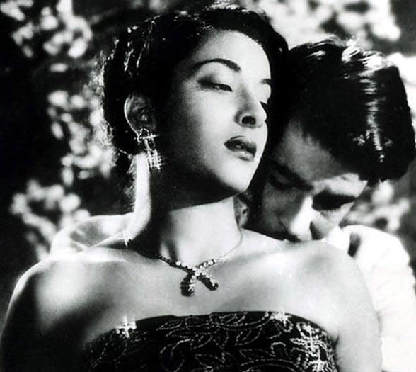 Raj Kapoor and Nargis in Awara
